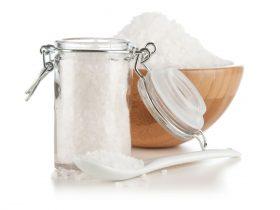 塩・ヨーグルト・なた豆で歯磨きすると歯周病に有効か?