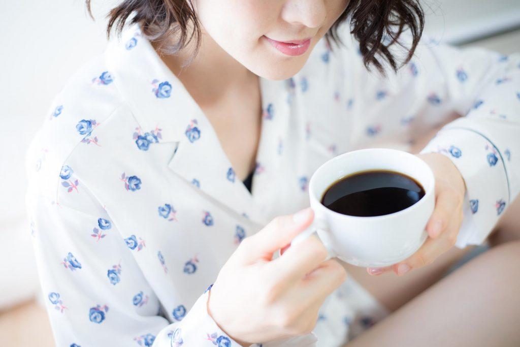 【重曹使用】歯についた茶渋やコーヒー等、によるステインの除去方法とは
