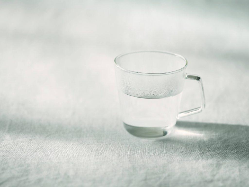 【水とお湯】重曹でのうがいで効果的なのはどっち?