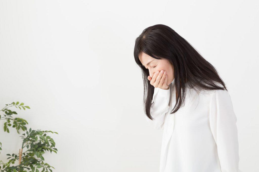 嘔吐反射がつらい。親知らずの虫歯はどう治療する?