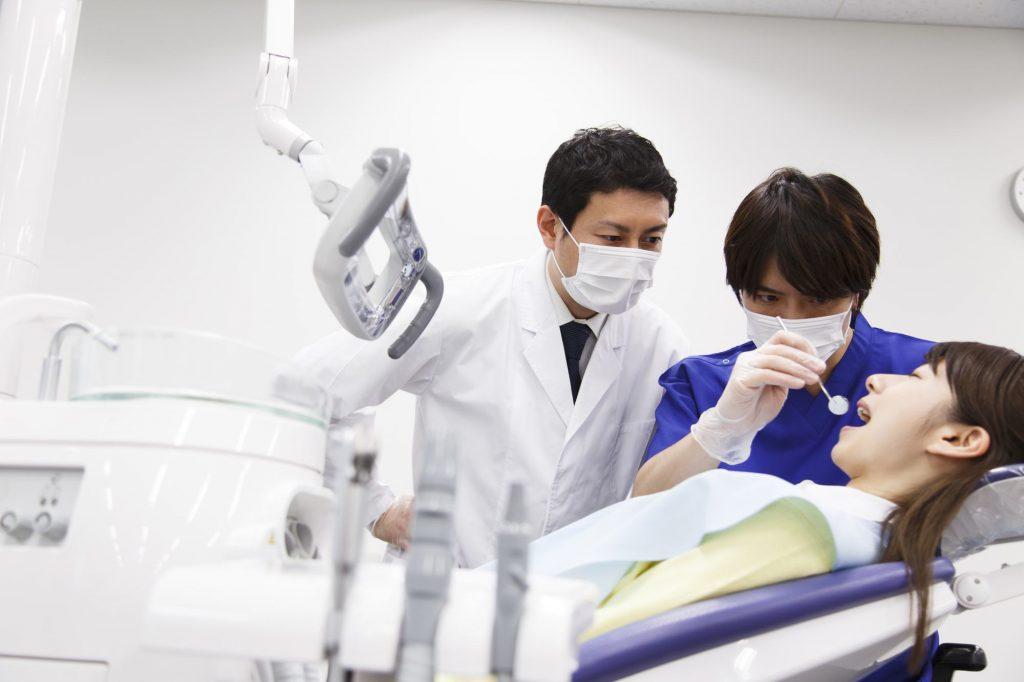 顎関節症は親知らずが原因?親知らずの抜歯が顎関節症を引き起こす?