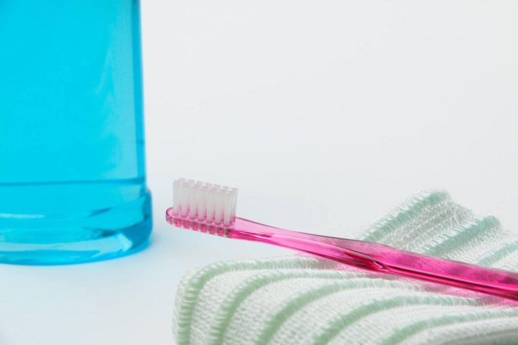 液体歯磨きのメリット・デメリットとは